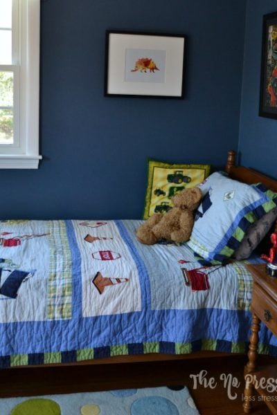 Eclectic Boy's Bedroom - thenopressurelife.com