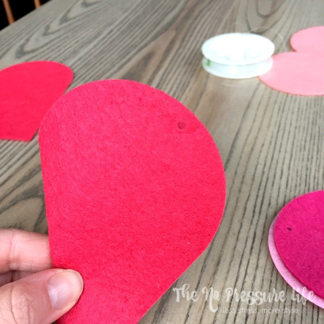 Simple DIY Valentine's Day Mantel Decorations - Make a heart garland