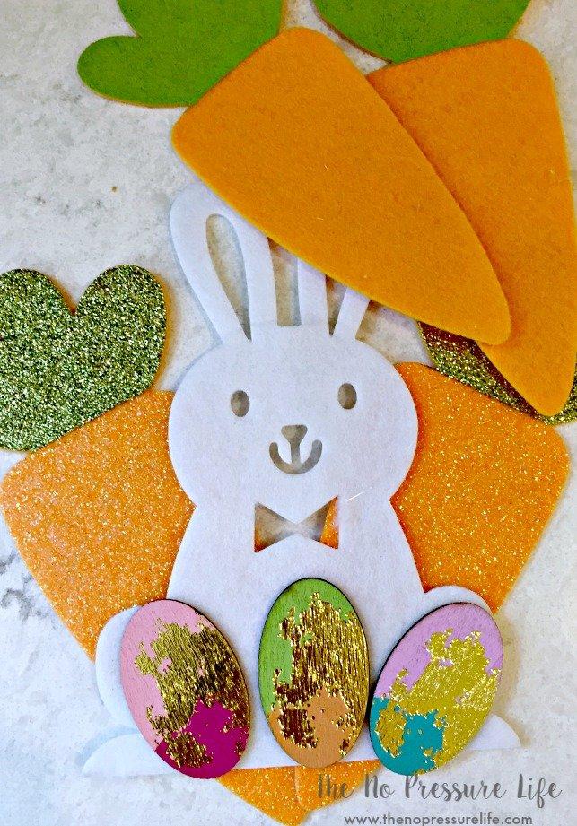 felt bunny and felt carrots for a DIY Easter wreath