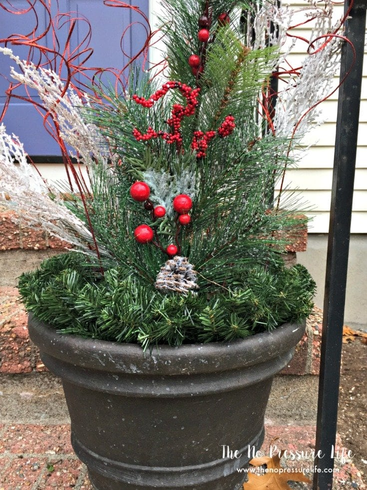 Christmas Planters Diy.3 Easy Christmas Curb Appeal Ideas For Beginners