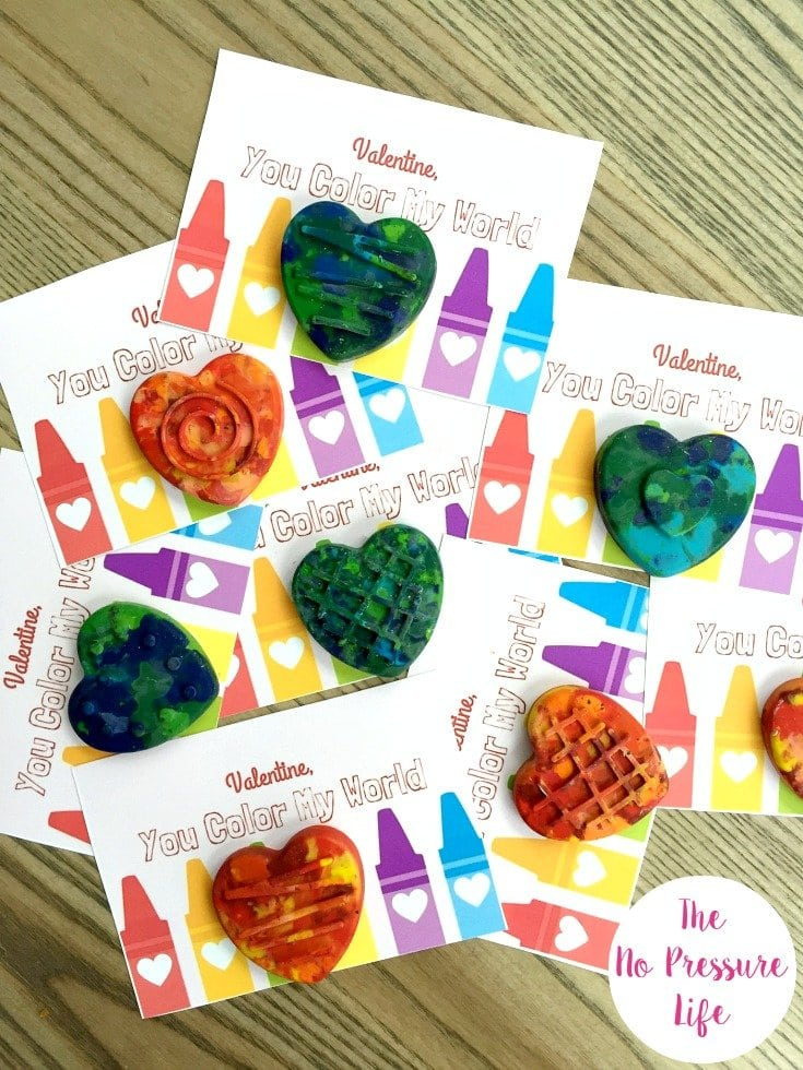 Free printable Valentine's Day cards for kids with DIY crayons