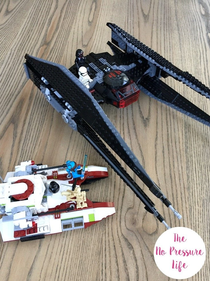 How to display completed Star Wars LEGO sets
