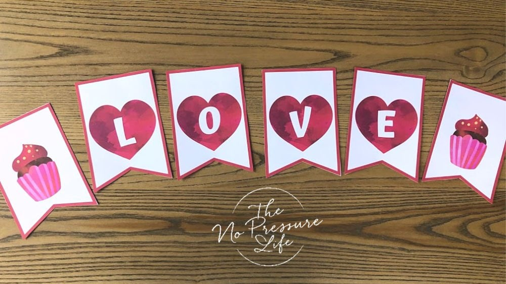 printable LOVE banner for Valentine's Day with hearts